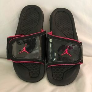 Girls hot pink and black Jordan slide